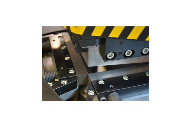 Тиски настольные в комплекте с поворотной плитой Holzmann WBS 100N - kma.ua