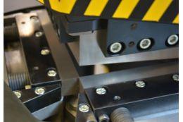 Тиски настольные в комплекте с поворотной плитой Holzmann WBS 100N ФОТО 1 - kma.ua